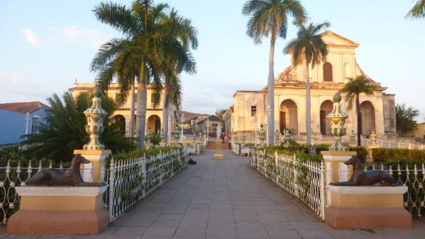 P1040924-PlazaMajor-Trinidad.JPG