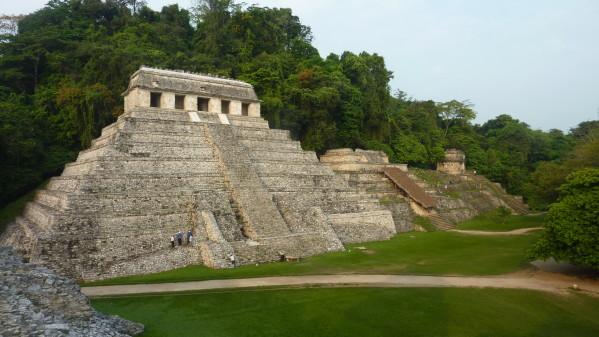 P1060620-Palenque.JPG