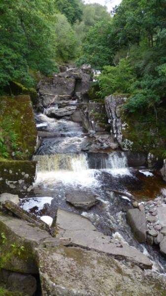 P1270028 Bracklin falls Callander