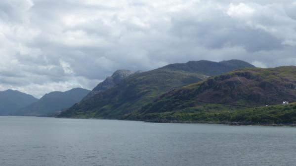 P1270105 Ferry Ile de Skye